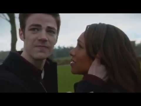 The Flash goes back in time | Season 01 , Episode 15