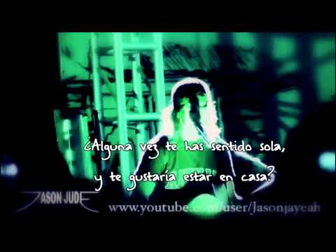 Yeah Boy and Doll Face [Acústico] Pierce the Veil [Español]