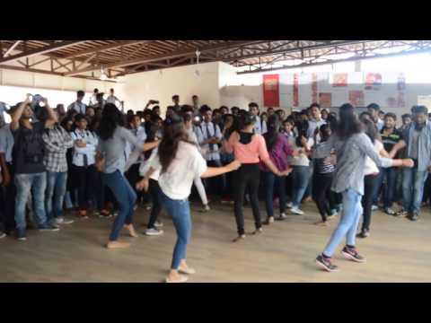 Flash Mob K D K College of Engineer Nagpur