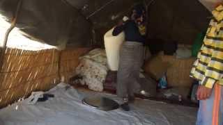 Шаг в сторону - Шахсевены. Шерстяные одеяла(Чем зарабатывает кочевник? Он продает то, что получает от своих животных: мясо, молоко и молочные продукты,..., 2015-11-16T22:06:10.000Z)