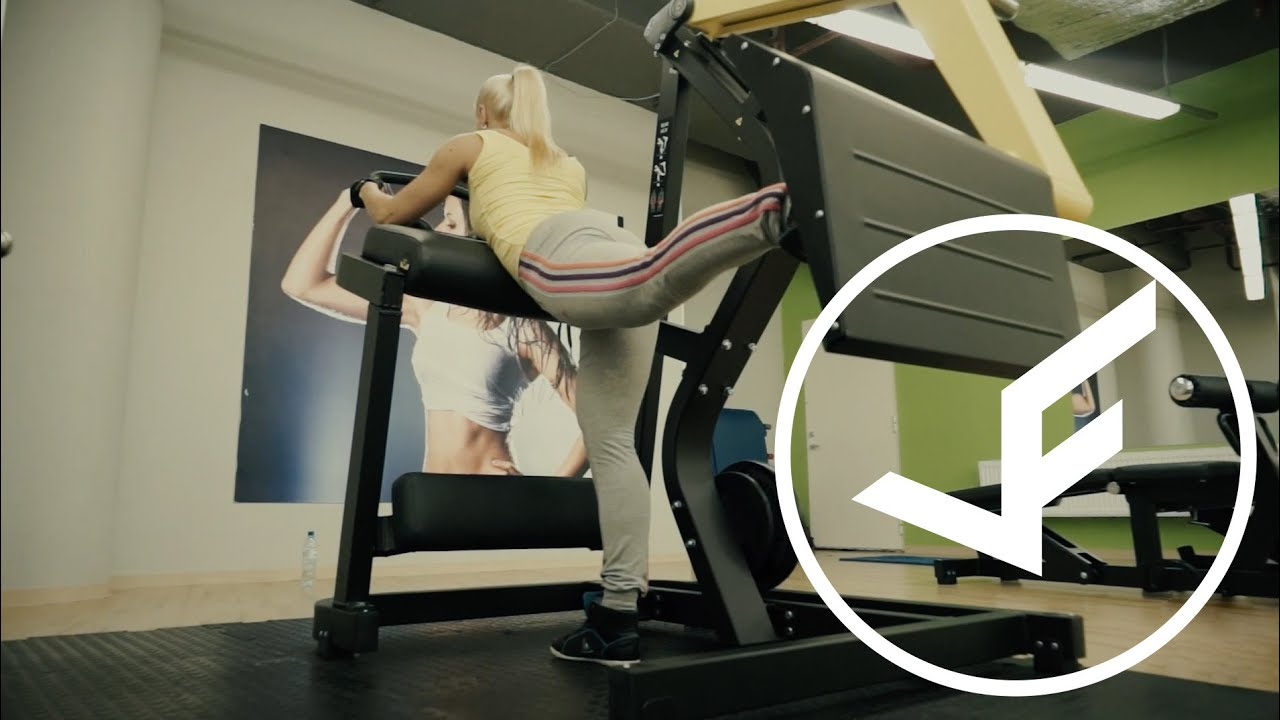 Вступление. Жим ногами можно делать сидя или лёжа, в зависимости от конструкции тренажёра. Главная проблема заключается в том, что в спортзалах очень редко можно найти безопасный тренажёр для жима ногами. Некоторые тренажёры этого типа запросто могут наградить вас серьёзными.