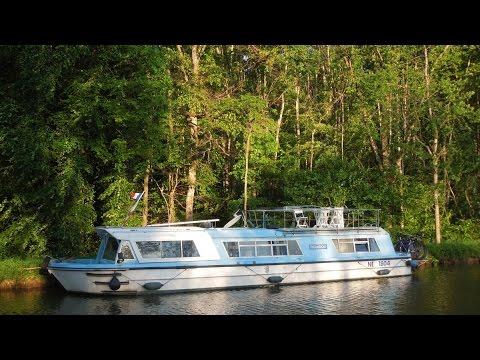 particulier vente bateau fluvial habitable besan on annonces entre particuliers vendre. Black Bedroom Furniture Sets. Home Design Ideas