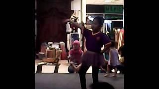 Tari Berkebun Raff Dance Company