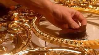 Маслянное зочение в натир 12 часовым морданом, резной рамы под зеркало.(Масленое - глянцевое золочение резьбы в натир, золотом 1,4 грамма.www.gilders.ru., 2014-06-12T23:24:37.000Z)