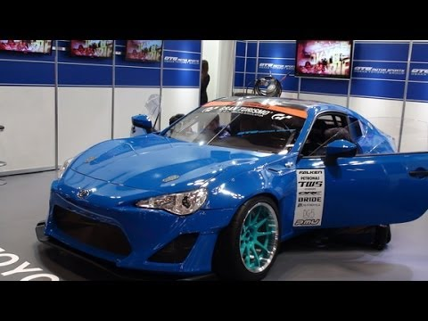 hd osaka auto messe 2014 toyota 86 d1 grand prix gran turismo 2014 youtube. Black Bedroom Furniture Sets. Home Design Ideas