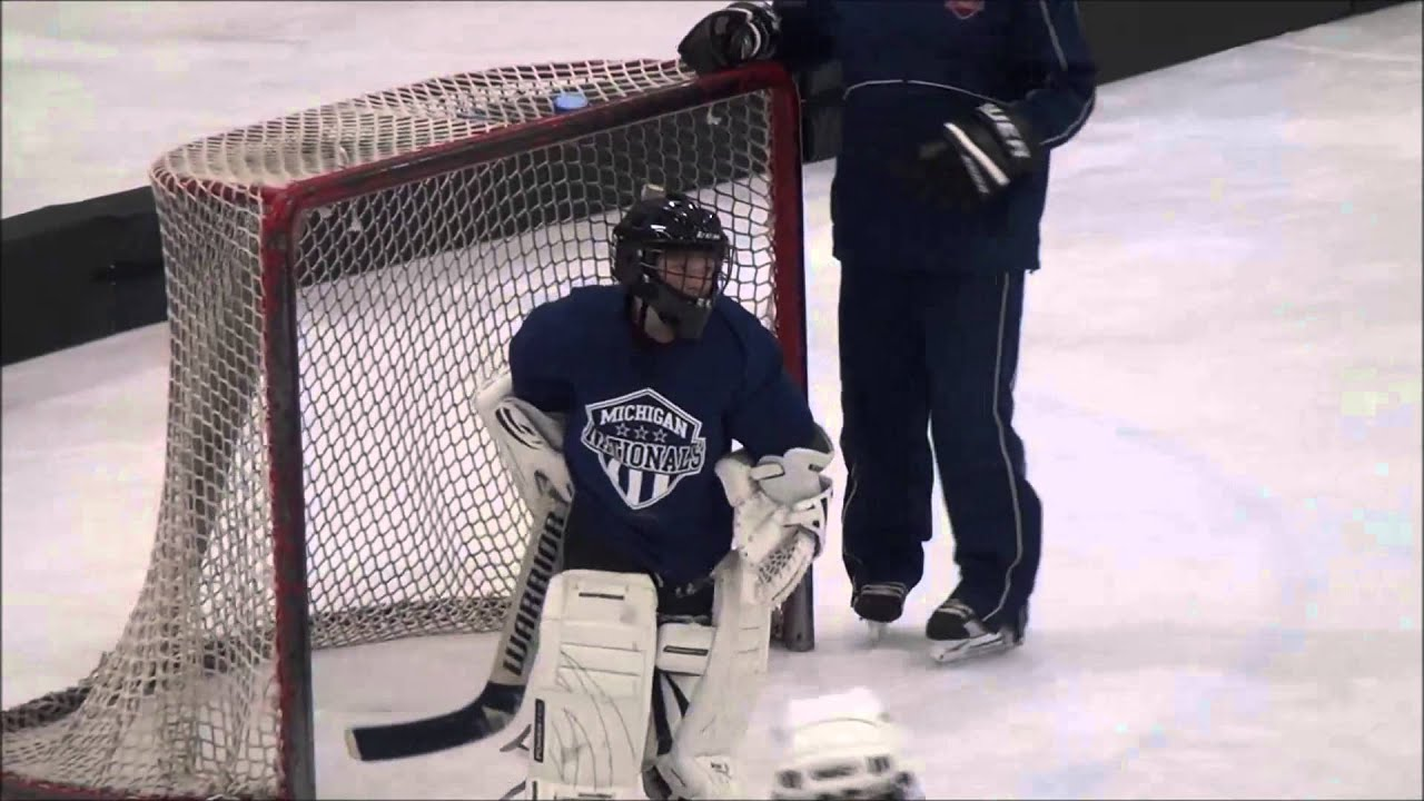 youth hockey first time goalie 9 year old youtube