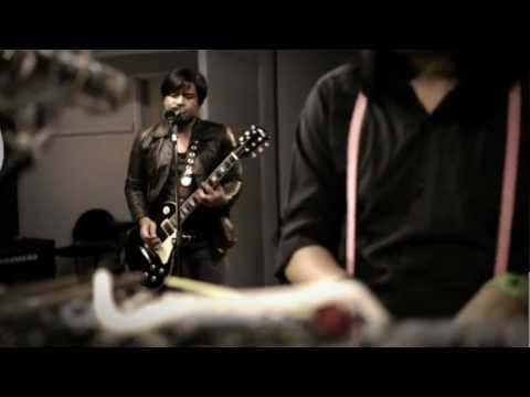 Relent Sessions: Looking For A Savior - Relent (Original)