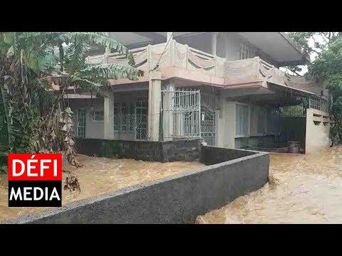 Vacoas : l'eau envahit les rues de Sadally