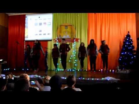 видео: Legion dance crew в Масловке(Аграрный техникум)выступление под новый год!!!