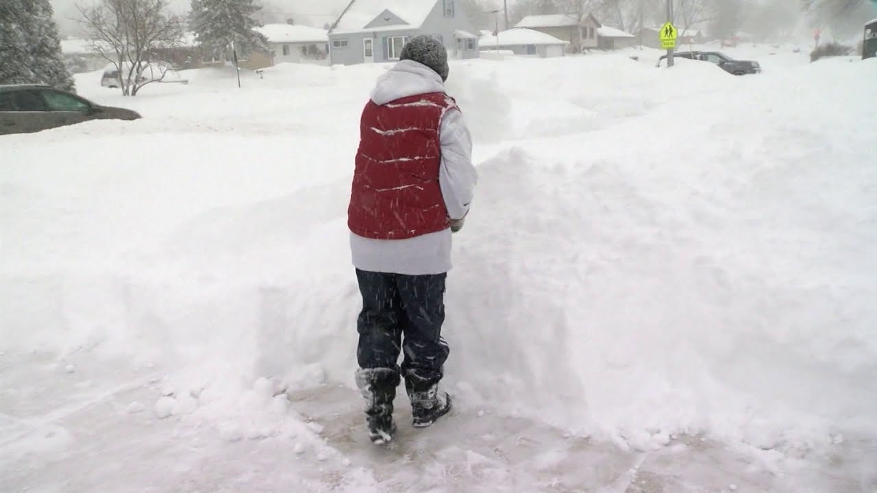 Snow shoveling increases the chance of heart attack