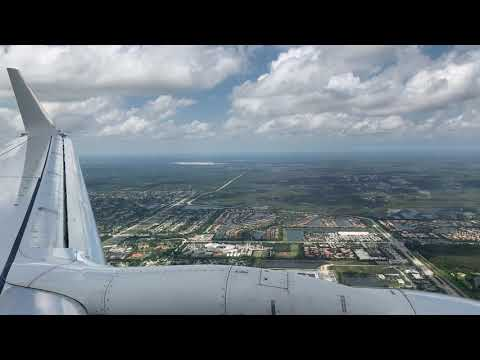 American Airlines 737-800 Landing In West Palm Beach, Florida