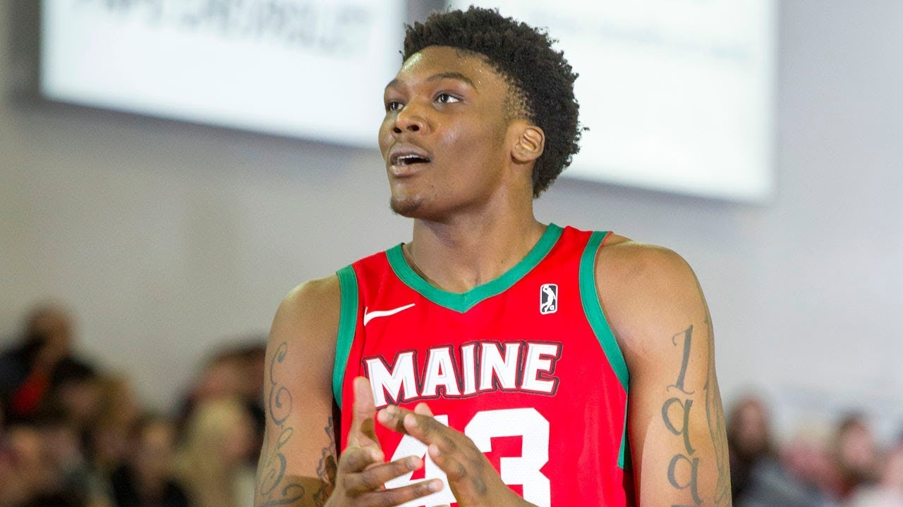 newest 0f307 cc817 Celtics' Robert Williams III Showing UPSIDE for NBA G League's Maine Red  Claws!