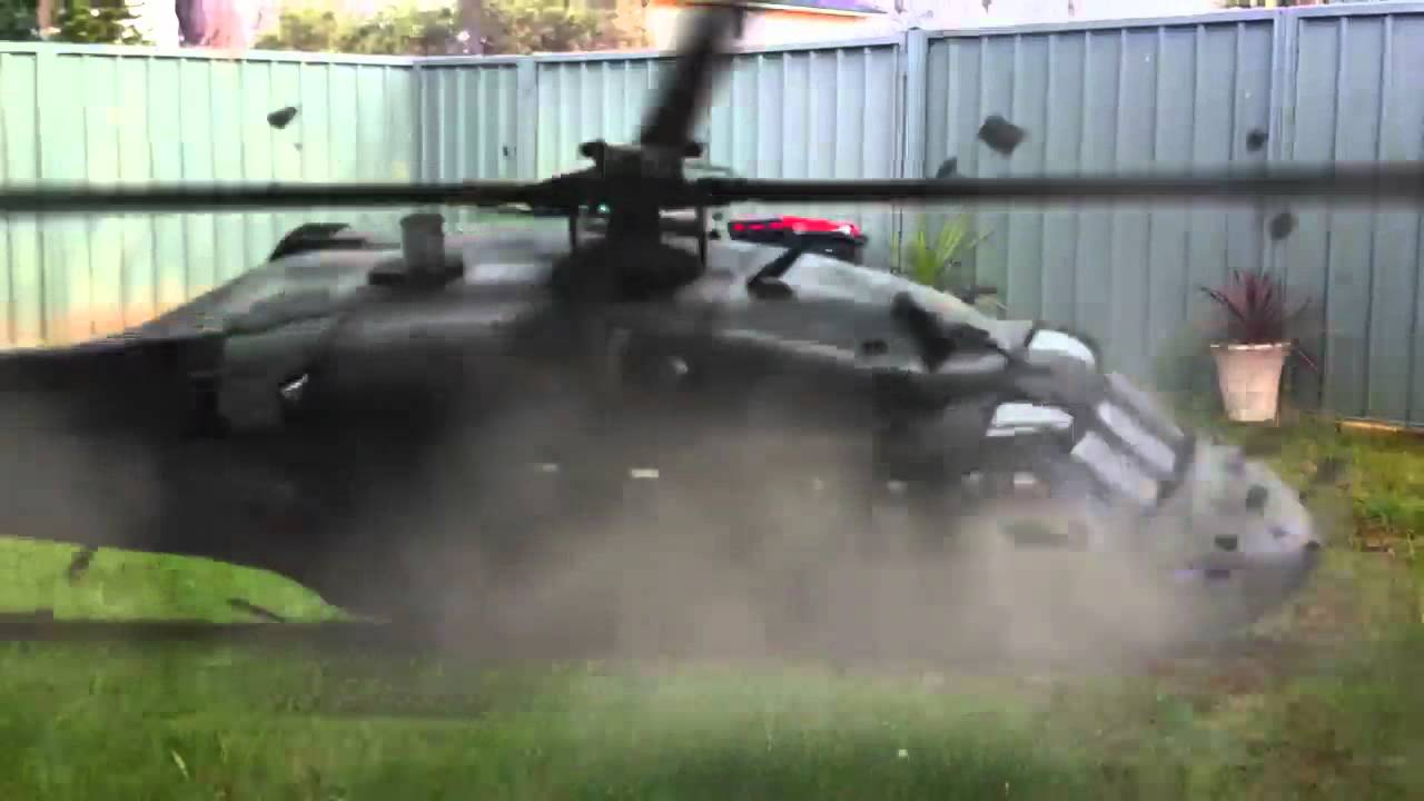 https://i.ytimg.com/vi/0sMBGc_PGKQ/maxresdefault.jpg Black Hawk Down Movie Helicopter Crash