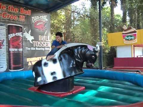 esselworld bull ride