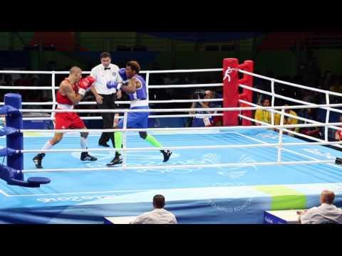 Combate Carlos Mina vs Michel Serge