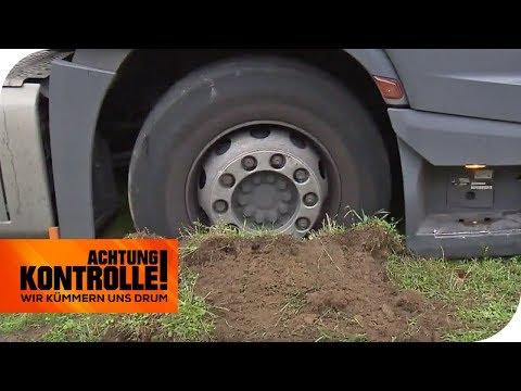 LKW auf Autobahn-Parkplatz fest gefahren - Der ADAC hilft!  | Achtung Kontrolle | kabel eins