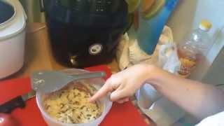 Сырники с изюмом в мультиварке - простой видео рецепт / How to cook syrniki