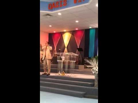 Pastor Angel Maestre gives a powerful word(8)