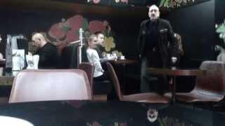 """Николай Аверюшкин - актёр сериала """"Универ"""" устроил дебош в Кофе Хауз"""