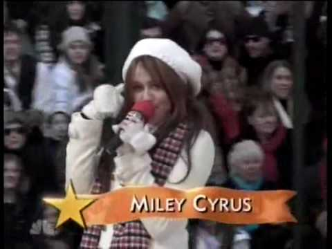 Miley Cyrus At The Macys Thanksgiving Day Parade