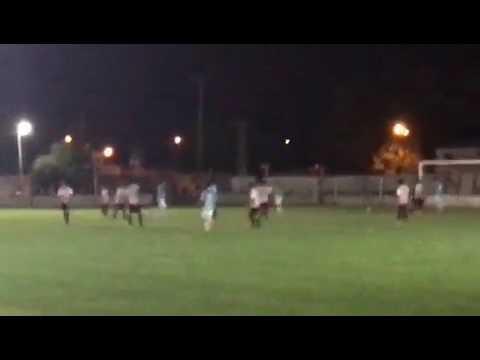 Federico Vilar, gol a Colonial de Ferre