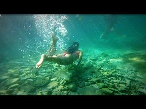 Erotic Girls Underwater In Pool