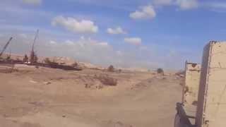 قناة السويس الجديدة: جنود الجيش المصرى بقيادة العميد طارق حافظ فى دورية تأمين للقناة