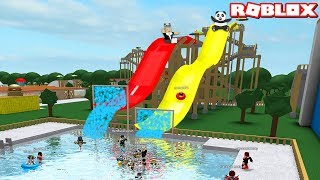 Takipçilerimiz ile Su Kaydırağından Kayıyoruz! - Panda ile Roblox Wildwater Kingdom Robloxia
