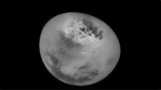 للمرة الأولى، تصوير فيديو مدهش لسُحُب القمر تيتان التابع لزحل!
