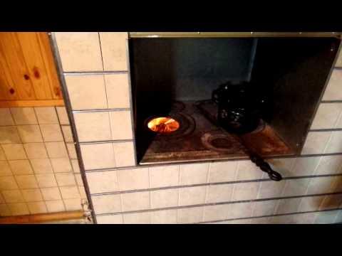 Простая чистка дымохода печи на даче дедовским методом