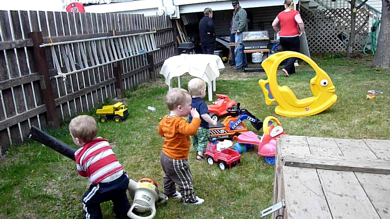May 7 2011 Leaf Blower Yard Toys Meet The Boys Well Well