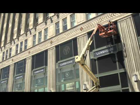 Branding The Merchandise Mart: Graphics for a Giant