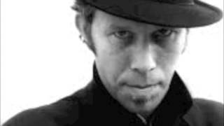 Tom Waits - Big Black Mariah