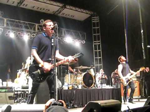 Against Me!- Pints Of Guinness Make You Strong- Harvest Of Hope 2009