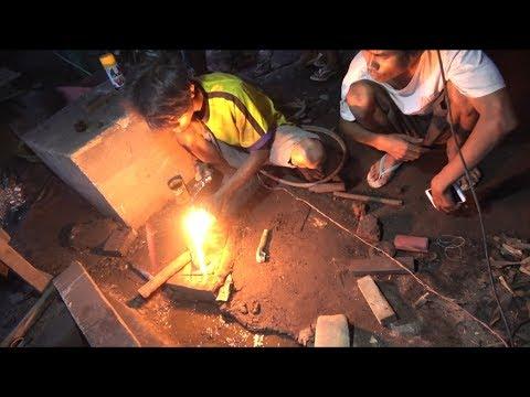 How Blacksmiths make Snake Head Knives