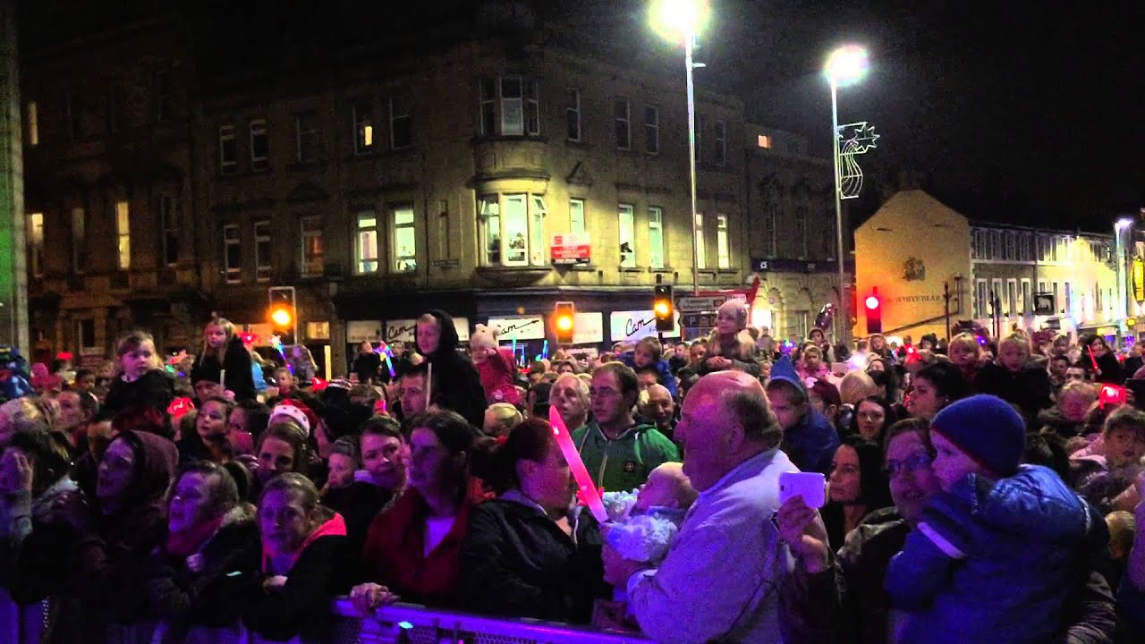let it go frozen singalong at dearne fm barnsley christmas lights