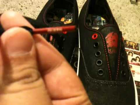 278bce0d6e45 VANS Authentic - Queen - YouTube