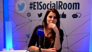 Karine Ferri face à vos questions Twitter