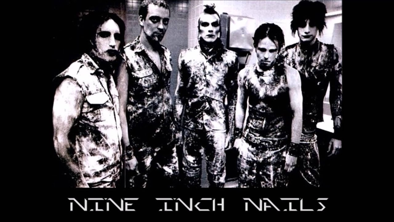 Nine Inch Nails - Happiness In Slavery Woodstock\'94 - YouTube