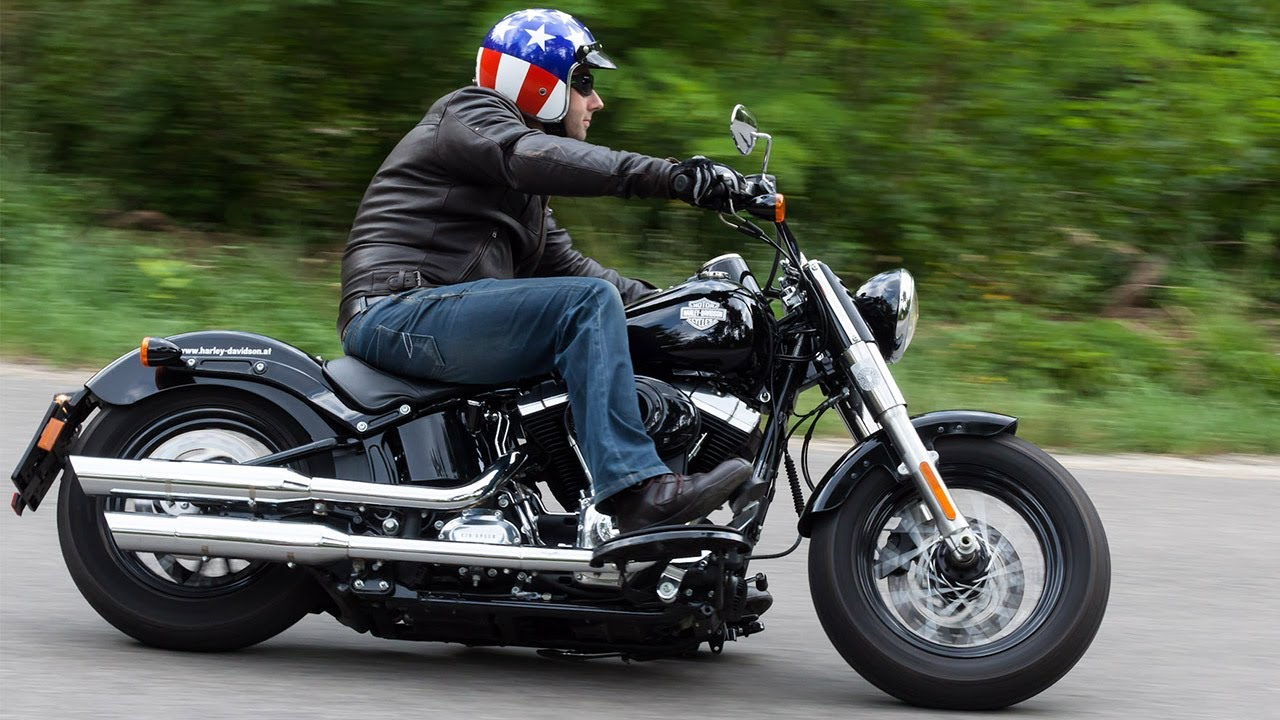testvideo harley davidson softail slim 2013 youtube. Black Bedroom Furniture Sets. Home Design Ideas