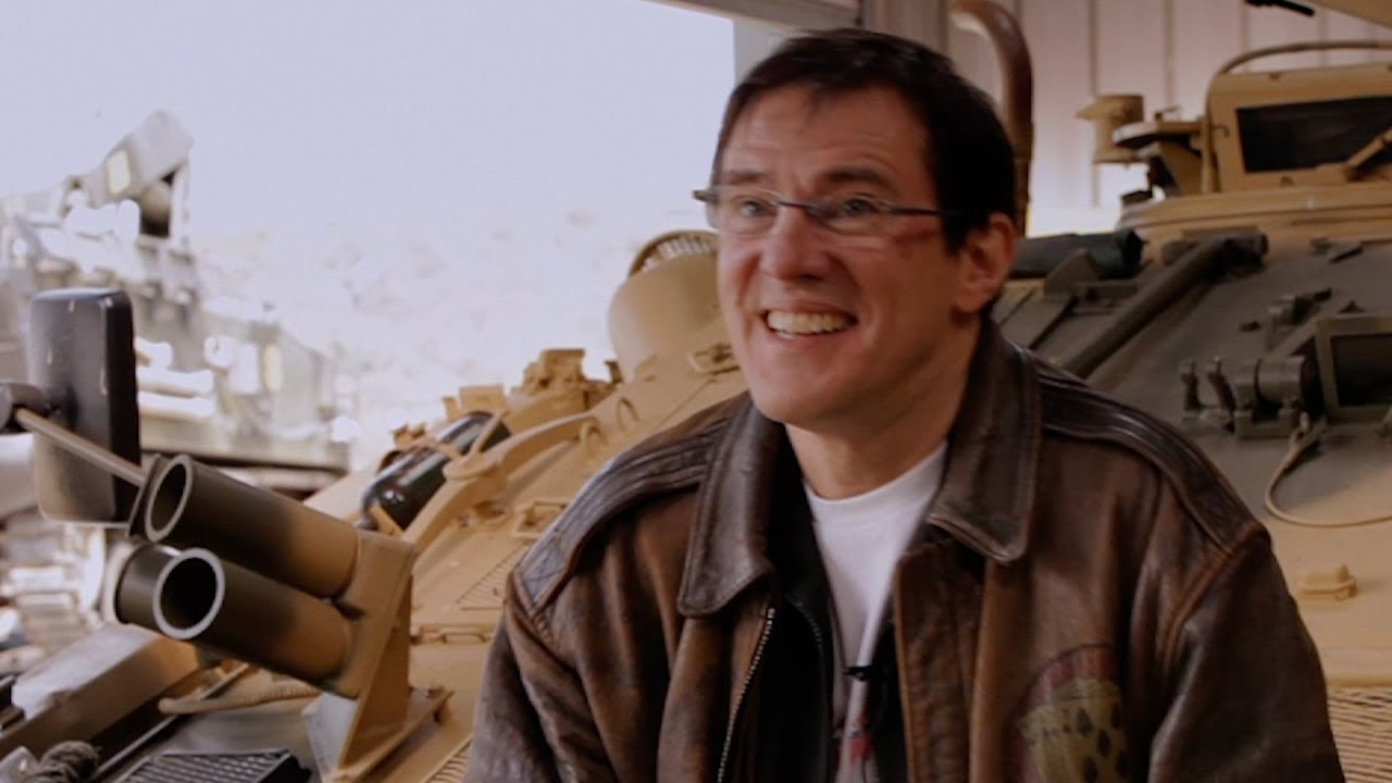 ニューオーダーのドラマー スティーヴンモリスが戦車と