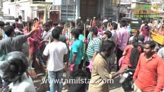 Nadigar Sangam Cleans Chennai