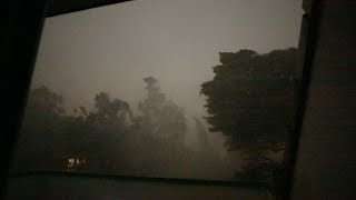 Unwetter tobt über dem Ruhrgebiet/Essen   #Weltuntergang