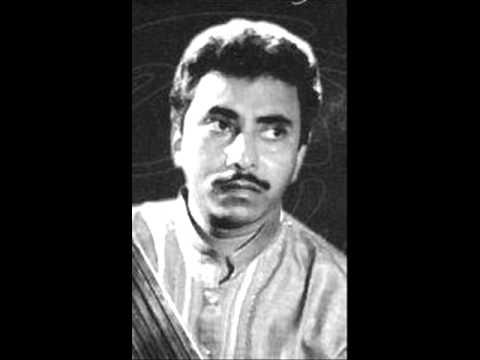 Ustad Rashid Khan singing Raga Yaman 1988