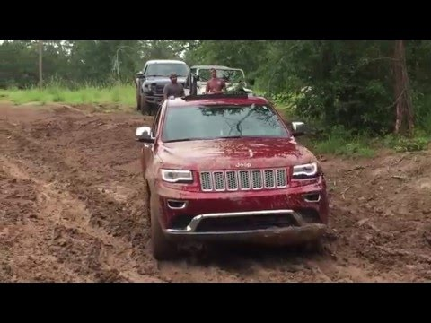 2014 jeep grand cherokee in the mud wk2 off roading doovi for Starr motors off road day 2017