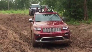 Stock Jeep Grand Cherokee Summit Diesel Off Road Recovering from Mud