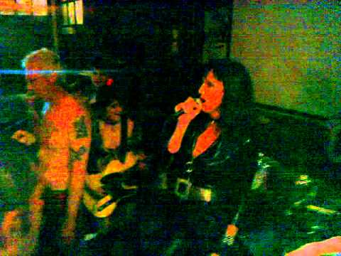 Army of Skanks. Cov Punks reunion night 2010.mp4