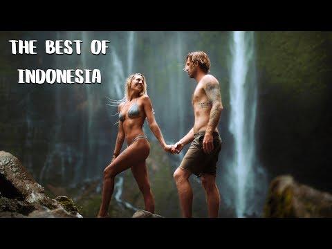 foreigners-go-deep-into-java---tumpak-sewu-waterfall