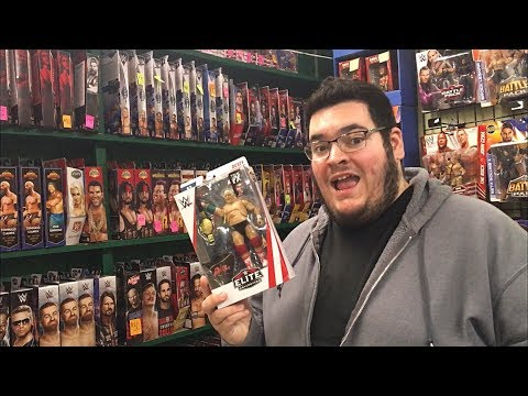 EPIC WWE ELITE TOY HUNT AT A FLEA MARKET & MORE!