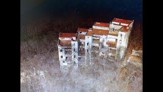 mansion de caro quintero abandonada en manzanillo